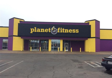 Photo of a Planet Fitness, the anchor tenant in this development, via PlanetFitness.com