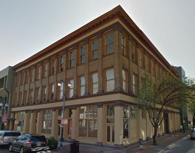 Image of 601 Baronne Street via Google Maps.