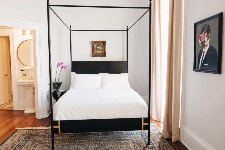 Photo of a room interior via Henryhowardhotel.com